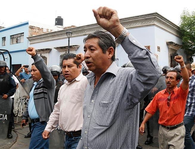 Insiste CNTE en amago a SEP: Paro indefinido a partir de mayo 15