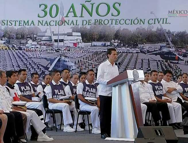 Peña anuncia más de 8 mil mdp para atender desastres naturales
