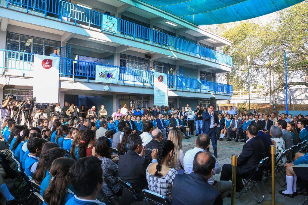 Anuncia Aristóteles Sandoval acciones contra la obesidad en Jalisco