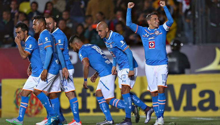 Cruz Azul mata al Toluca y sigue soñando con la Liguilla
