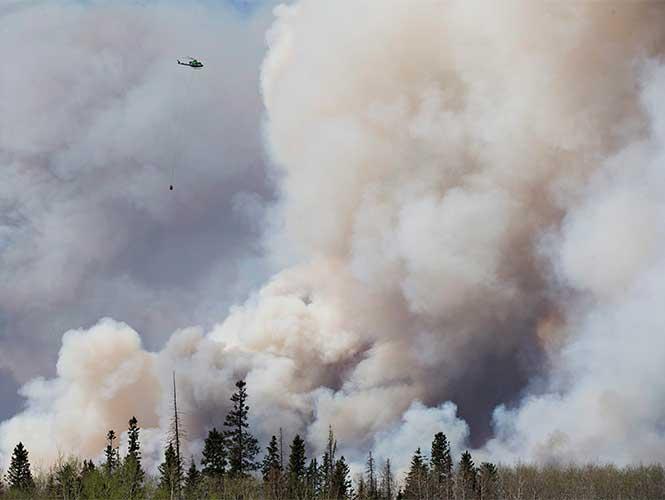 Ciudad canadiense afectada por megaincendio queda casi intacta