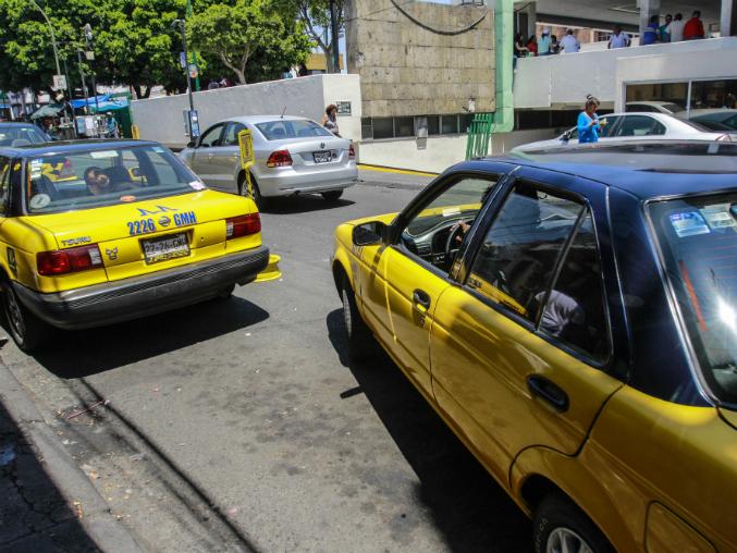 Afirma la Semov que al final nunca iniciaron el Registro Estatal de Taxis