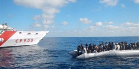 Rescataron a 1,153 migrantes en un día en el Canal de Sicilia
