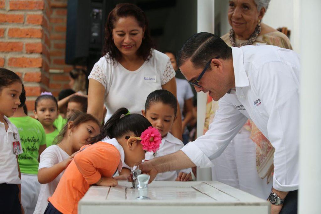 El emblemático Preescolar Ignacio L. Vallarta ya cuenta con Bebederos