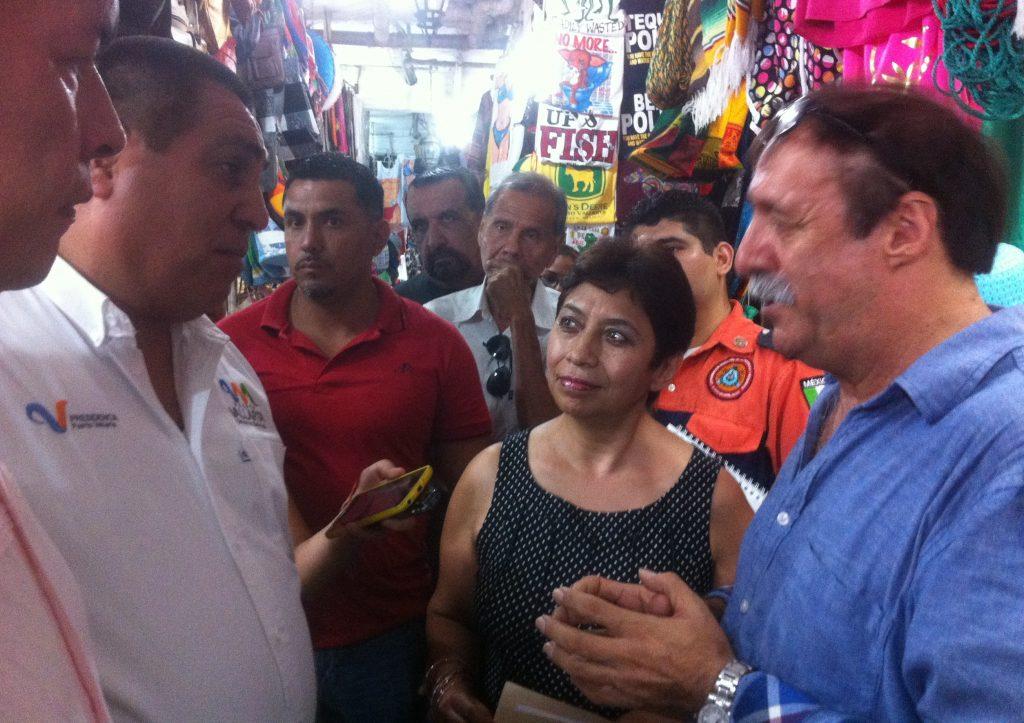 """Persisten """"alianzas turbias"""" que controlan consumo de turistas en Vallarta"""