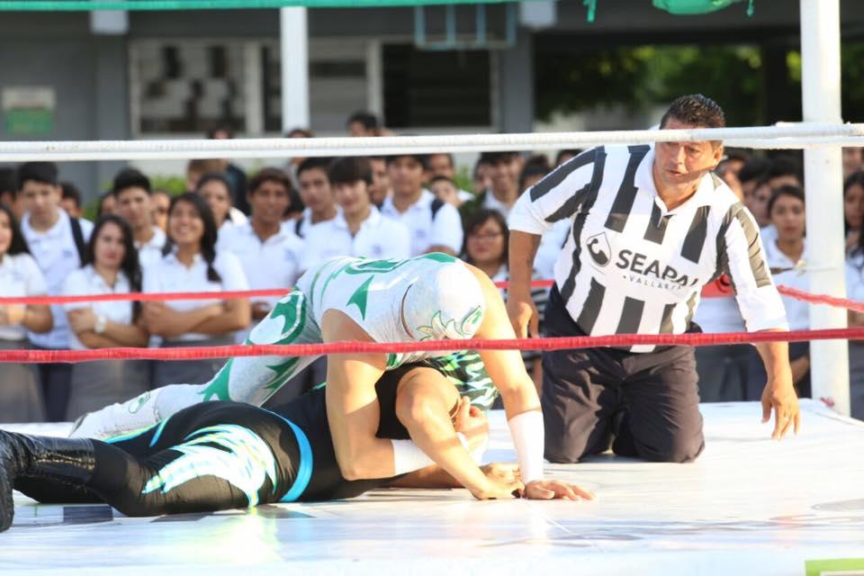 "Recibe ""CBTis 68"" a Luchadores por el Agua de Seapal"