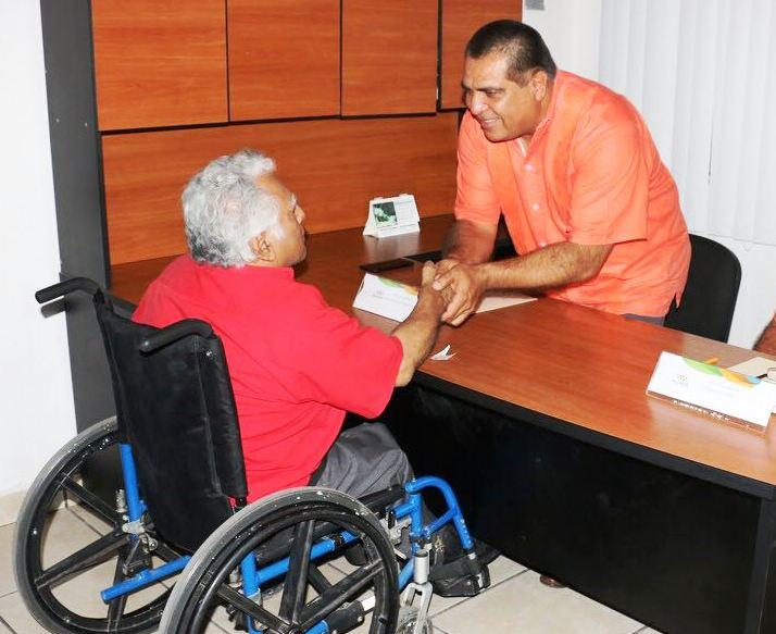 """""""Miércoles Contigo"""" llega a El Pitillal de la mano de Arturo Dávalos"""