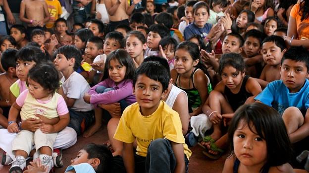 Comparten artistas actividades e historias en el Botiquín Infantil de SC