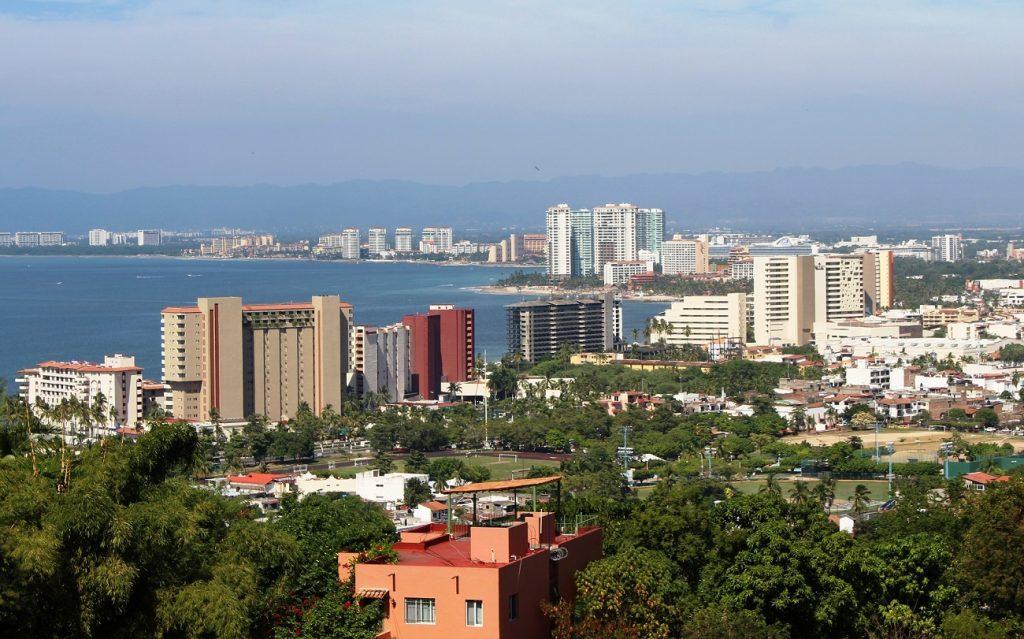 Irregular e irresponsable crecimiento urbano en el corazón de Puerto Vallarta