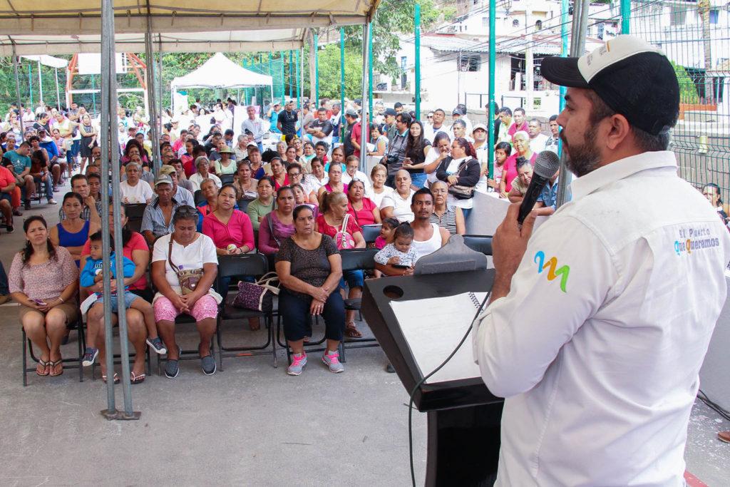 COMUNICADO 2495-Entrega apoyos Casa Digna-sectores 27 y 29-Col. El Caloso (01)