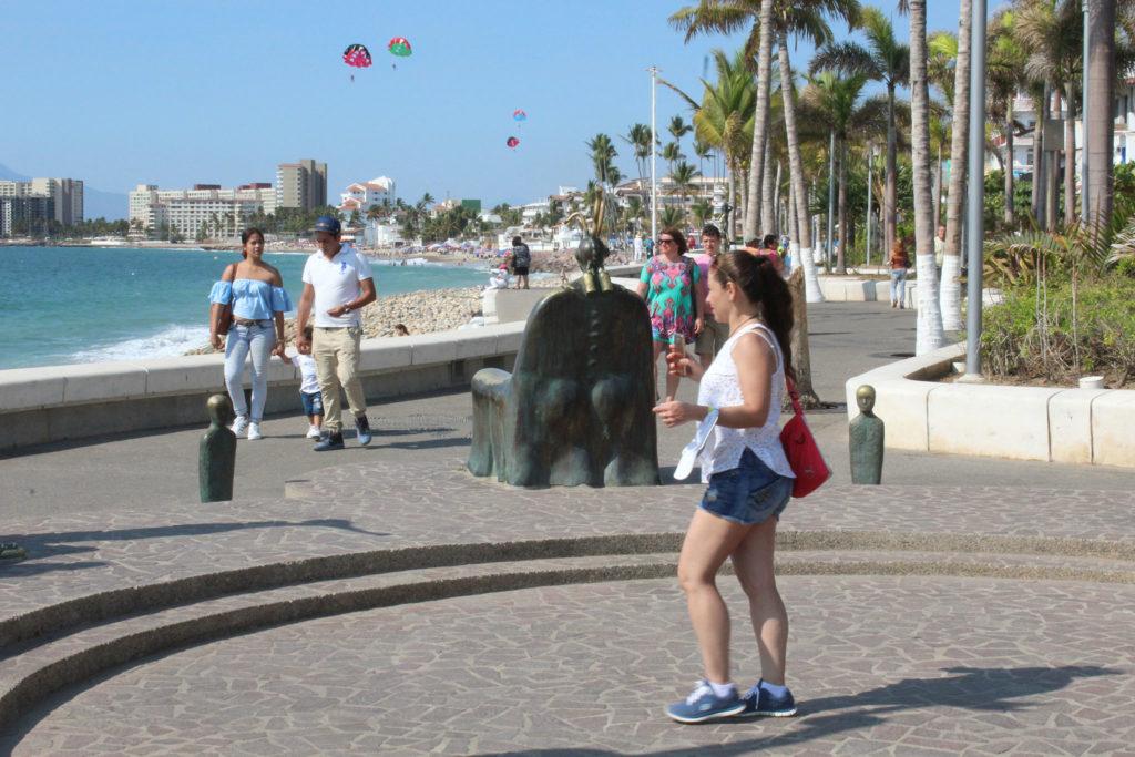 En el segundo trimestre de 2021 podría mejorar el arribo de turistas: Secturjal