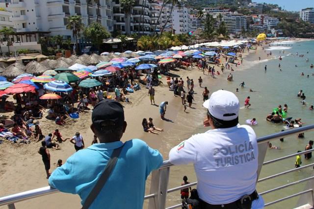 Uso de la fuerza pública en playas será solo para reincidentes y agresores: Comisario