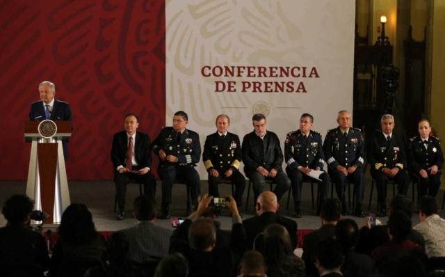 AMLO presenta a mando de Guardia Nacional