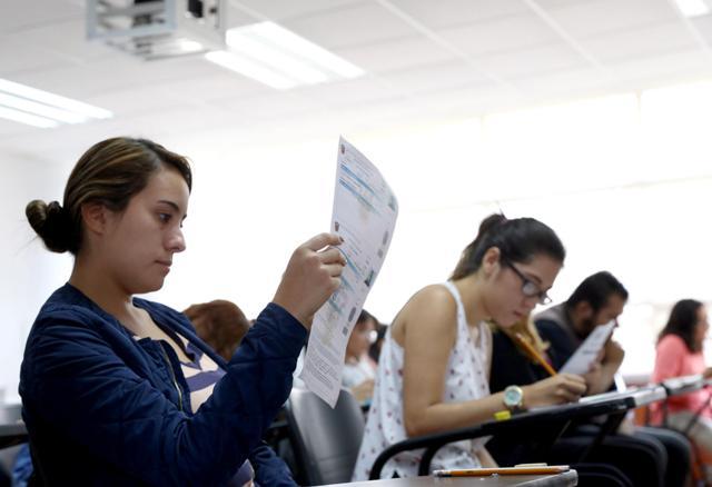 Aplazan dos meses exámenes de admisión de la UdeG por COVID-19