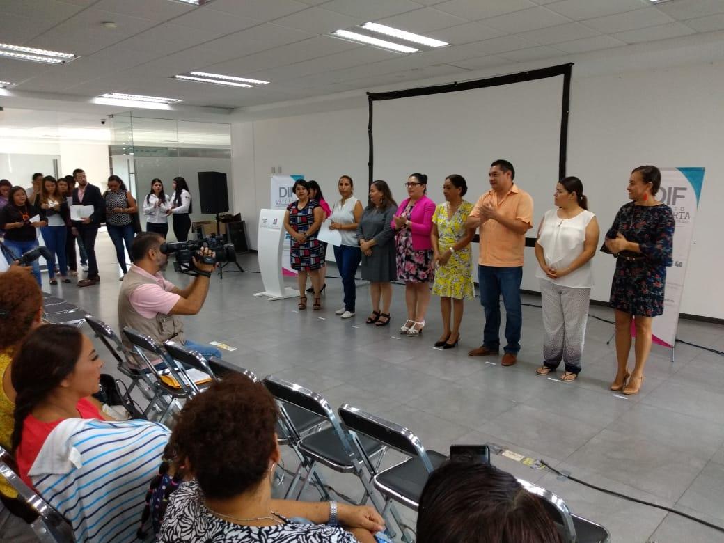 DIF Municipal firma convenio para apoyar a mujeres vallartenses