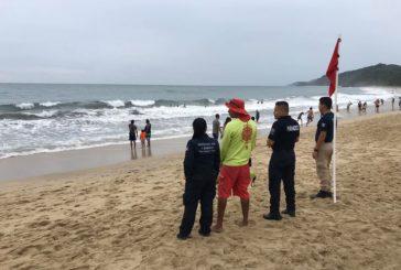 Persisten banderas rojas y amarillas en playas de la bahía