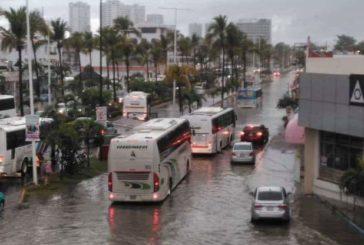 Arena y no basura provoca inundación en la zona de Las Glorias