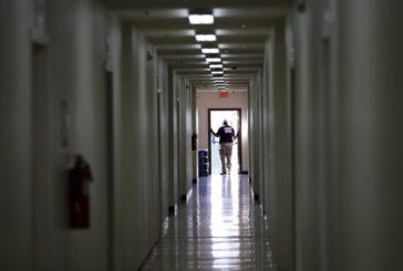 EU abrirá nuevo centro de detención de migrantes en Texas