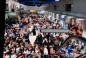 Comienza el éxodo de estadounidenses en Vallarta tras el anuncio del cierre parcial de fronteras
