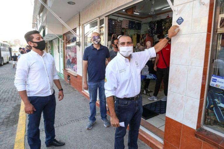 Llama Dávalos a reactivar la economía local con responsabilidad