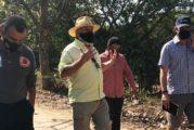 Realiza rector del CUCosta recorrido con funcionarios municipales en ribera del río Pitillal