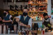 Hoy abren al menos 21 bares de la franja turística de la ciudad