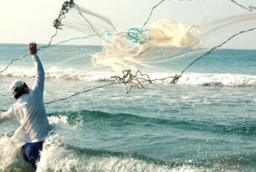 Apenas para comer sacan pescadores en Semana Santa