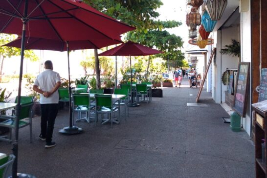 Enfrentan restauranteros de Vallarta nuevo reto con recorte de aforos