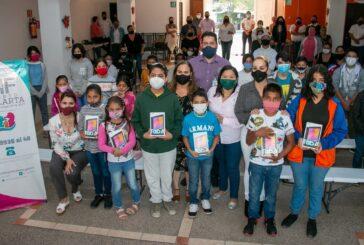 Entrega DIF material de apoyo escolar a 450 menores