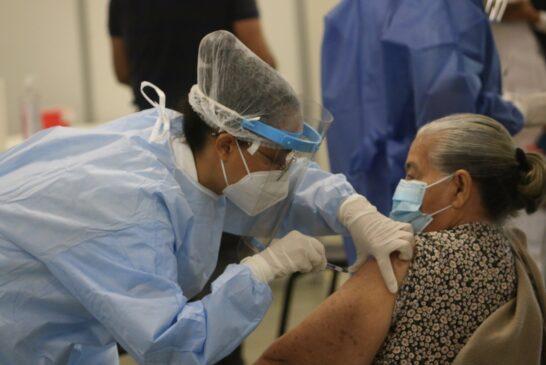 Registra Vallarta 69% de cobertura en vacunación contra Covid-19