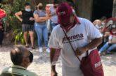 Promueven a Morena en plena aplicación de vacunas; podría ser delito electoral