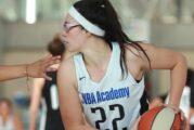 Celina, la basquetbolista nayarita que está conquistando los Estados Unidos