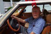 Detienen a adulto mayor por conducir a exceso de velocidad en Francia; iba tarde a vacunación