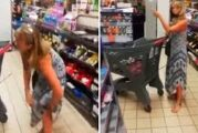 Mujer se quita la tanga y la usa como cubrebocas en supermercado