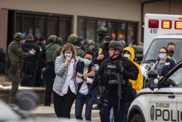 Suman 10 muertos por tiroteo en supermercado de Colorado