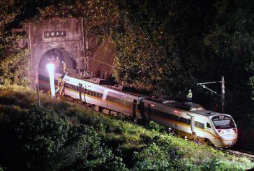 Al menos 51 personas mueren en accidente de tren en Taiwán