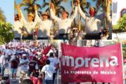 """""""Fuera MC"""", grita contingente que marchó junto a Luis Michel"""