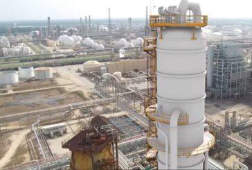 AMLO anuncia la compra de una refinería en Texas