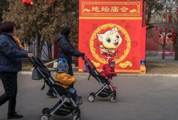 Nuevo límite en China por la crisis demográfica: 3 hijos por familia