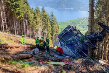 Revelaron estremecedores videos de la caída del teleférico que dejó 14 muertos en Italia